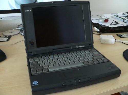 apple-powerbook-190_02