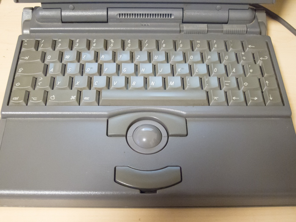 apple-powerbook-165-1-12