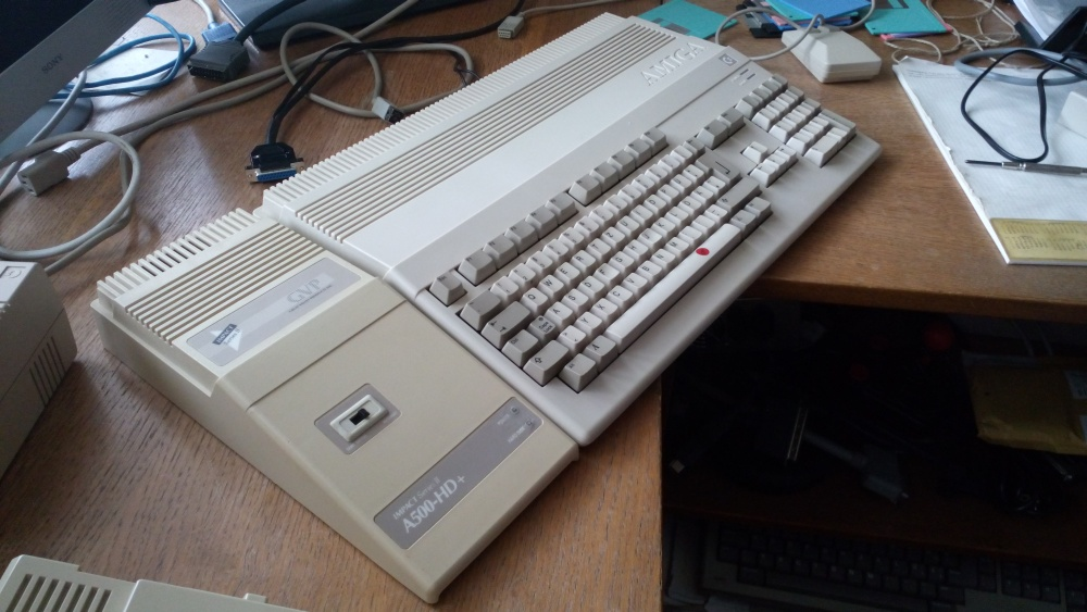 8bity-3-commodore-128-09