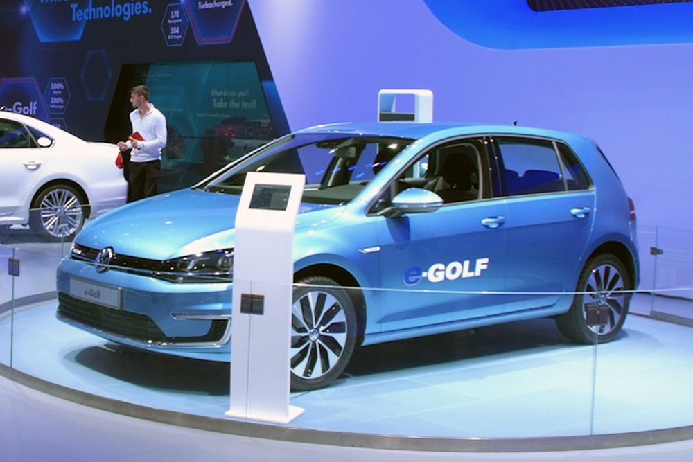 VW_e-Golf_LA_Auto_Show_2013