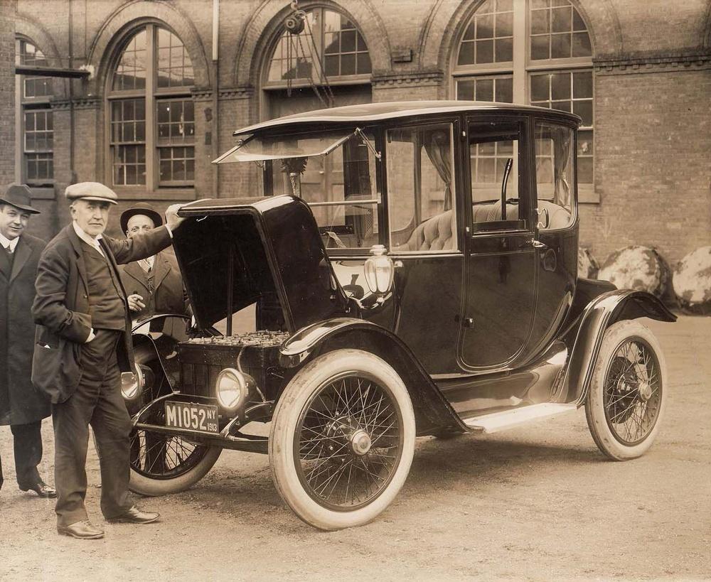 thomas-edison-and-electric-car